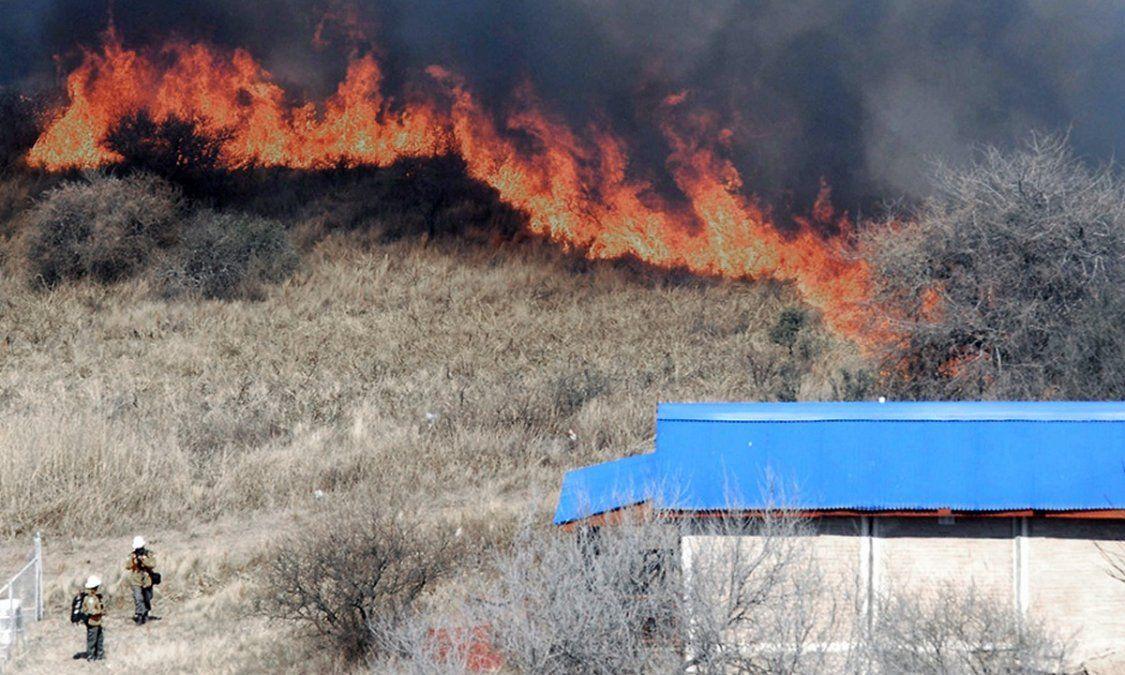 Debatirán el proyecto que prohíbe la venta de tierras incendiadas