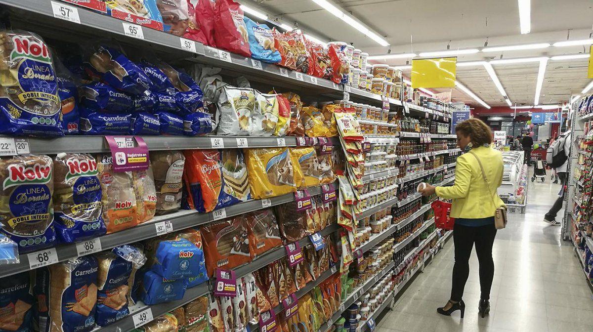 Las consultoras ya prevén mayor inflación este mes.