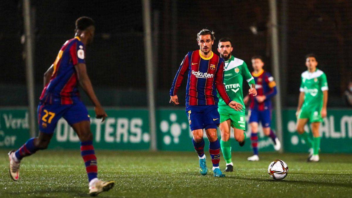 Sin Messi, Barcelona evitó la humillación con el Cornellá