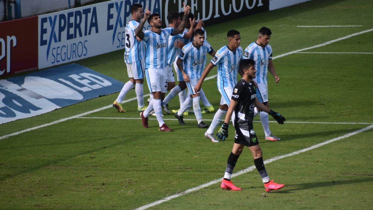 EN VIVO Atlético derrota 2-0 a Defensa y empieza a soñar