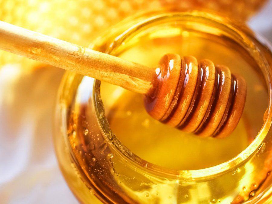 ANMAT: prohíben una miel de abejas y un aceite de oliva