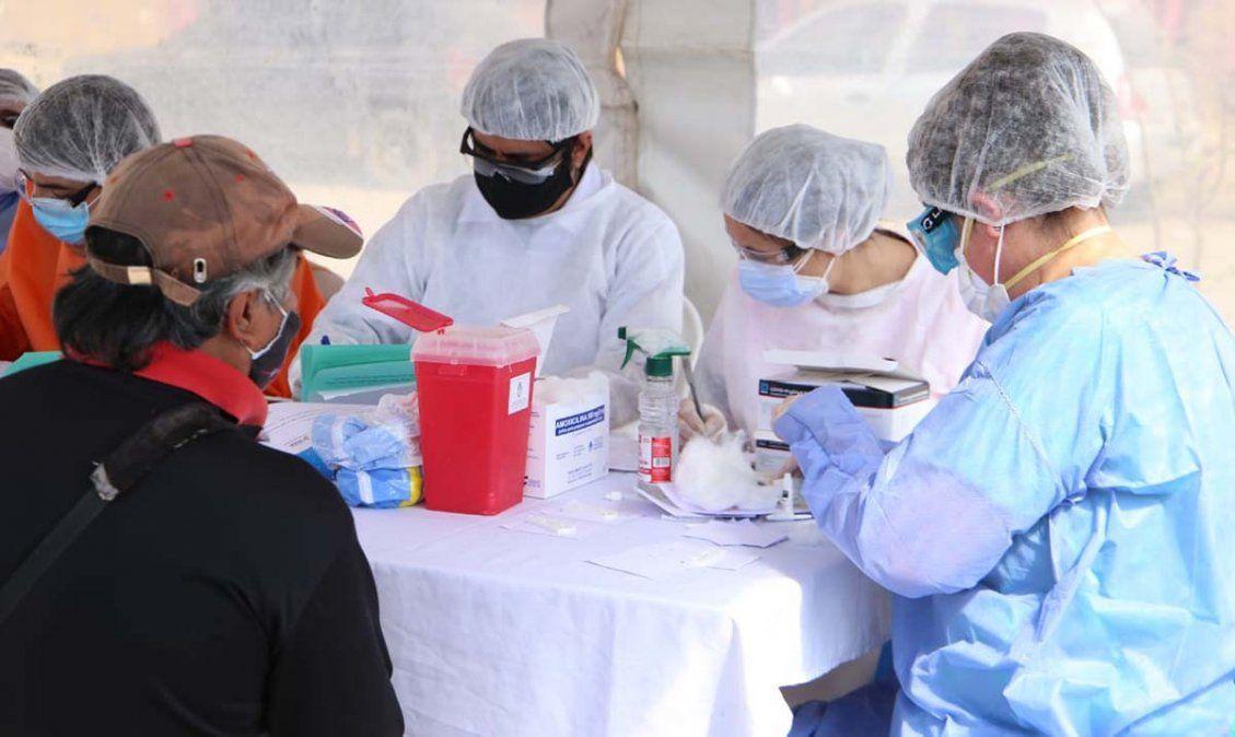 Siguen aumentando los contagios de covid en la provincia. Foto MSPT