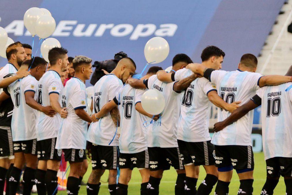 Gimnasia de La Plata le regaló un triunfo a Maradona