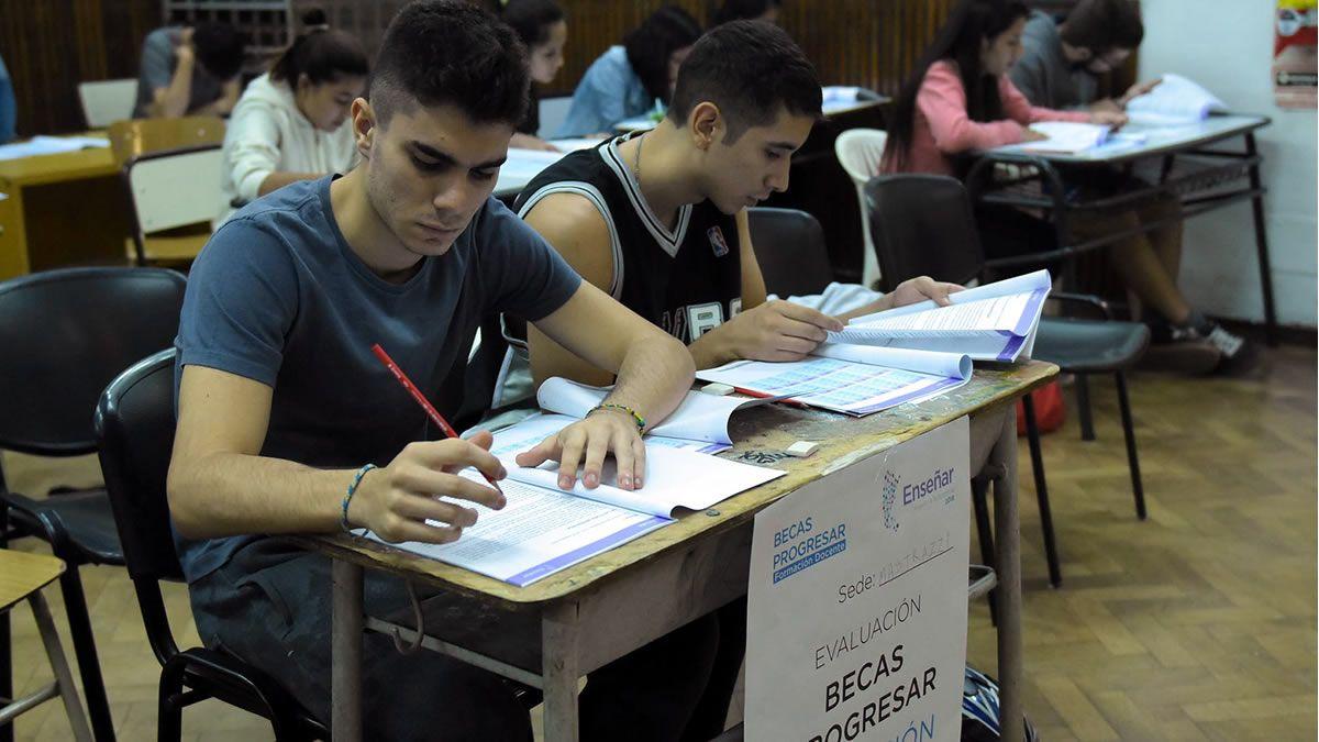 Becas Progresar: Ya hay más de 600 mil jóvenes inscriptos