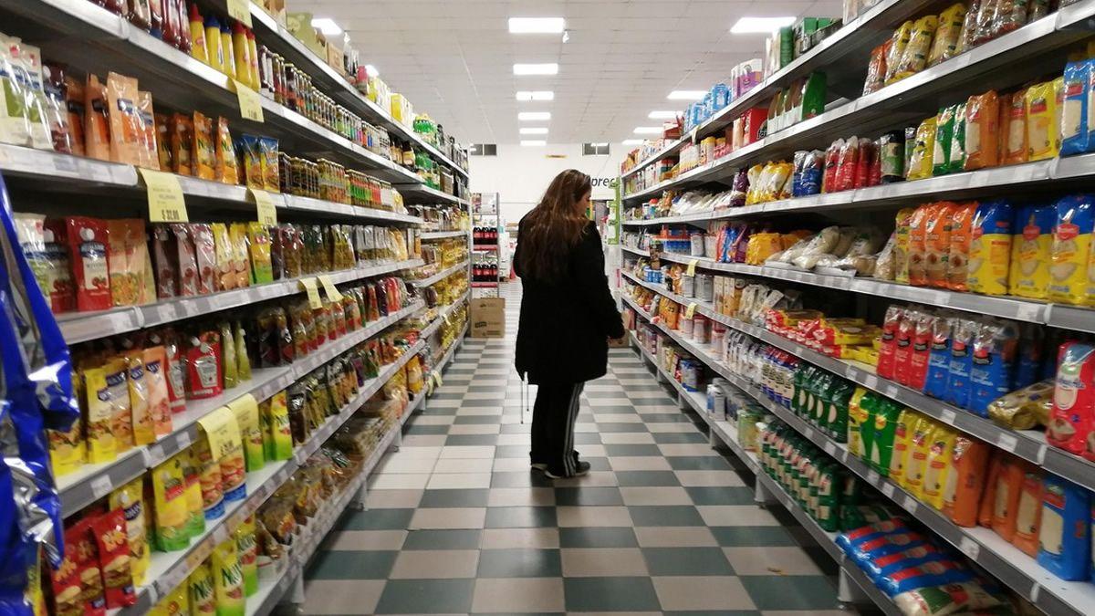 Ventas en supermercados subieron por segundo mes seguido