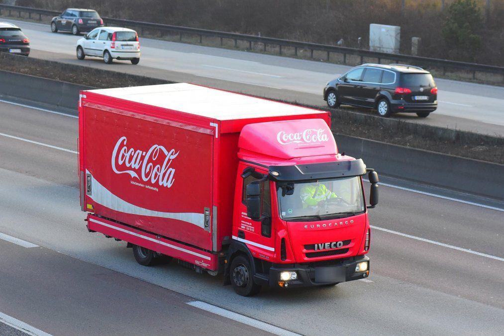 Coca Cola desmiente que esté contemplando un traslado