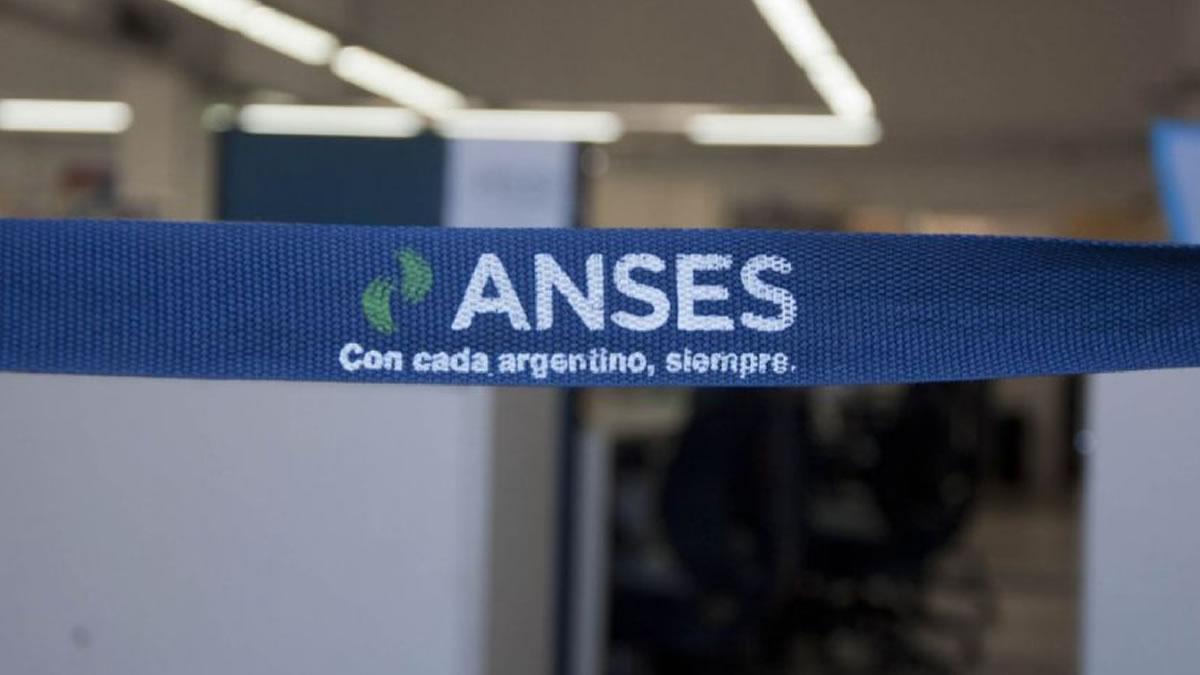 Anses evalúa lanzar una nueva moratoria jubilatoria