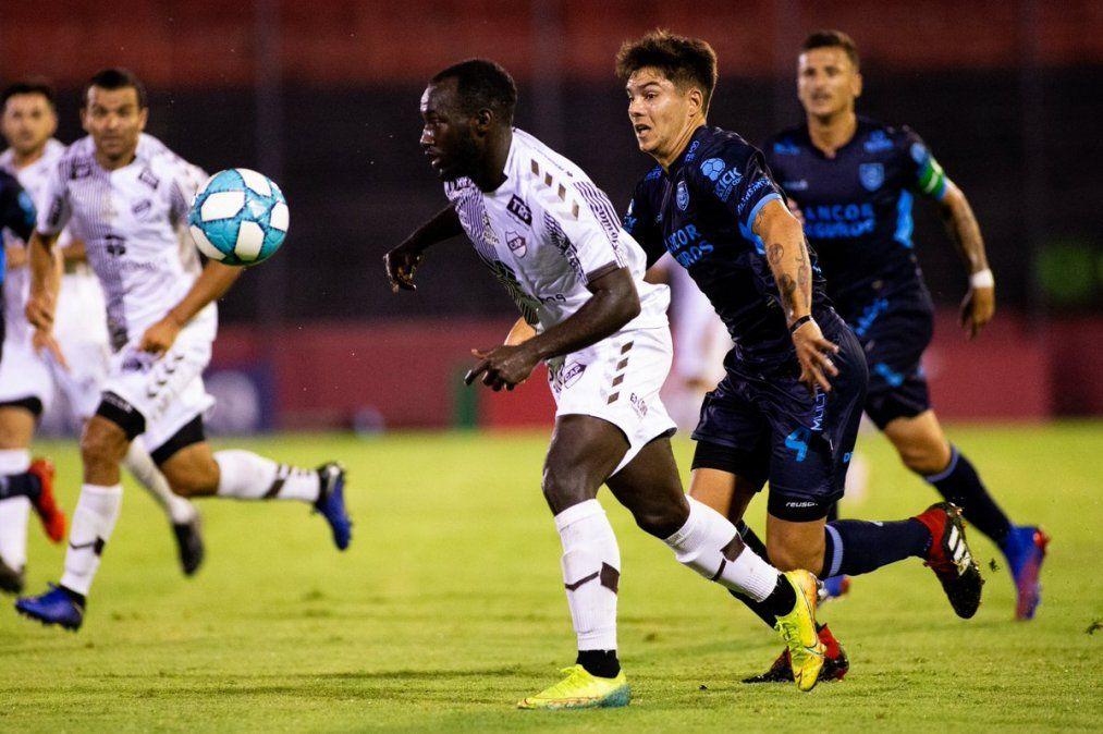 Un futbolista colombiano es el nuevo refuerzo de San Martín
