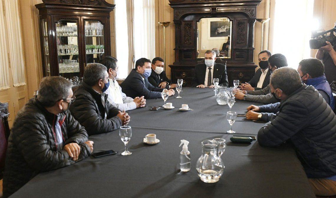 Osvaldo Jaldo se reunió con representantes gremiales