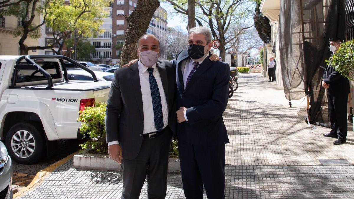 Juan Manzur se reunió con Aníbal Fernández en su despacho