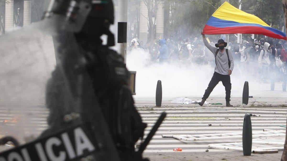 Tras una represión policial por protestas, 27 personas fueron asesinadas