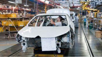 La actividad económica mejoró 1,1% en agosto, pero cayó 11,6% interanual