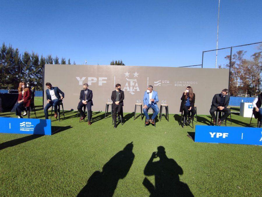 El fútbol femenino será transmitido por los medios públicos