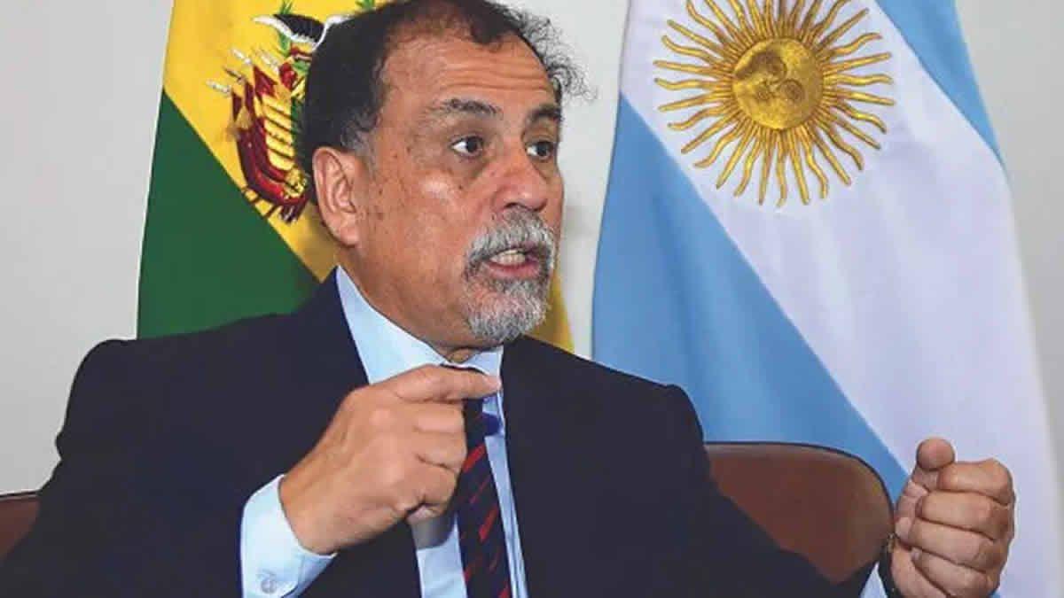 Álvarez García fue denunciado penalmente por Bolivia