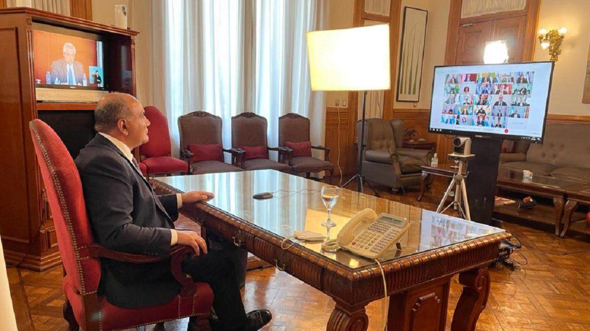 Manzur acompañó el balance presidencial desde su despacho