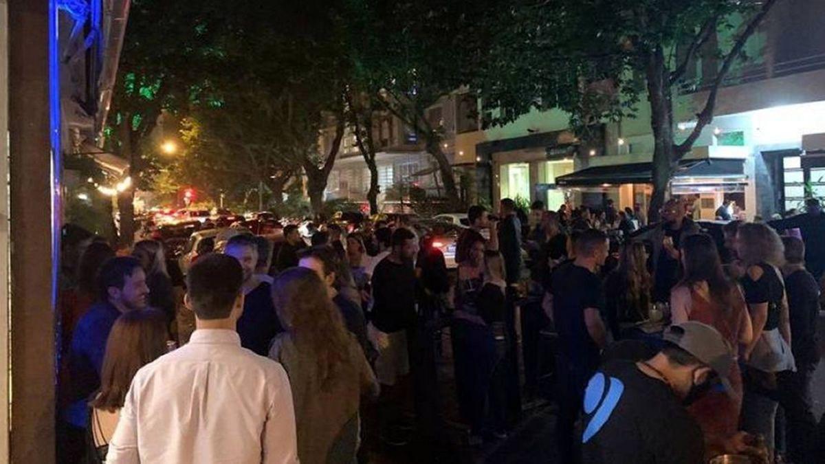 Así fue la apertura de bares en Río de Janeiro en plena pandemia