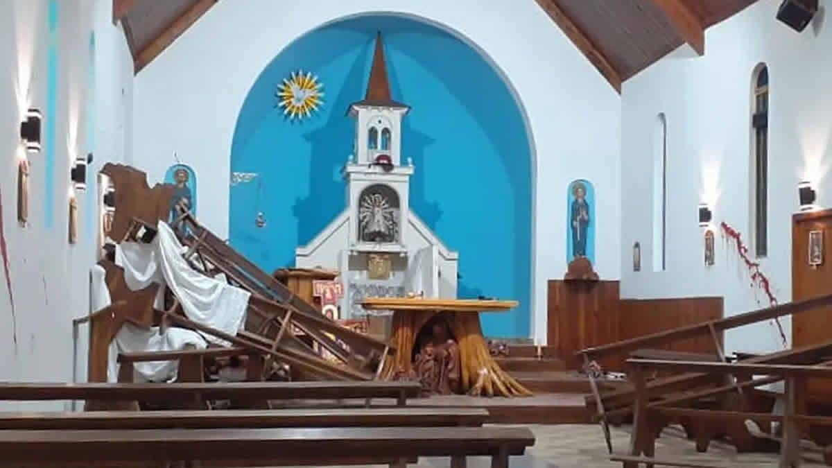 Un grupo mapuche se apoderó de una parroquia y tomó a un cura de rehén