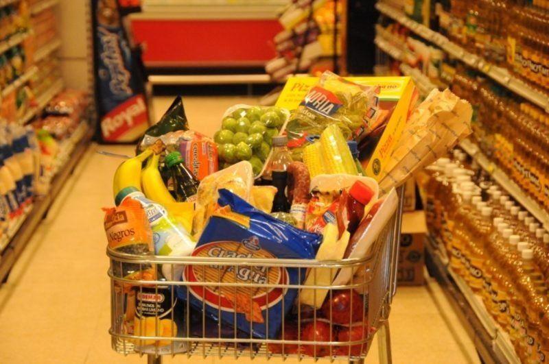 Aumentos en los precios de alimentos: disminuyeron a un dígito