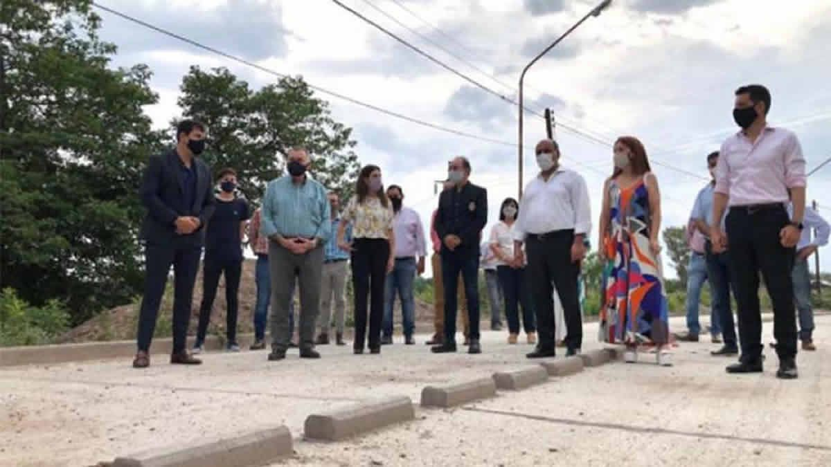 Manzur estuvo presente en la inauguración de varias obras en Burruyacú