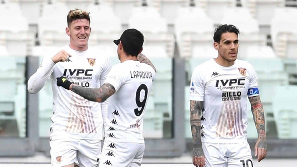Adolfo Gaich marcó el único tanto para la victoria de Benevento