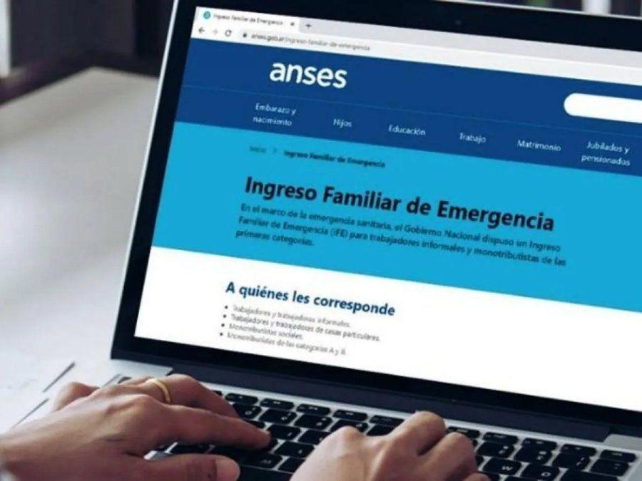 IFE: Último día para notificar la CBU a Anses