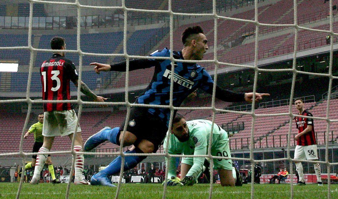 Lautaro Martínez anotó dos goles para ganar el clásico