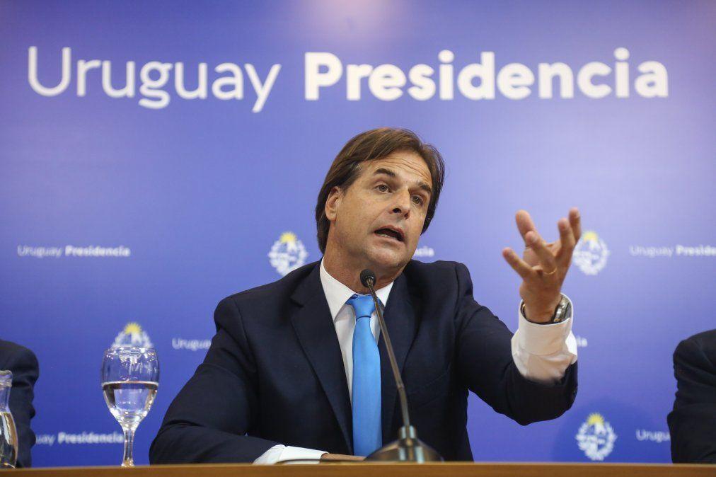 Uruguay: Luis Lacalle Pou criticó la cuarentena rígida