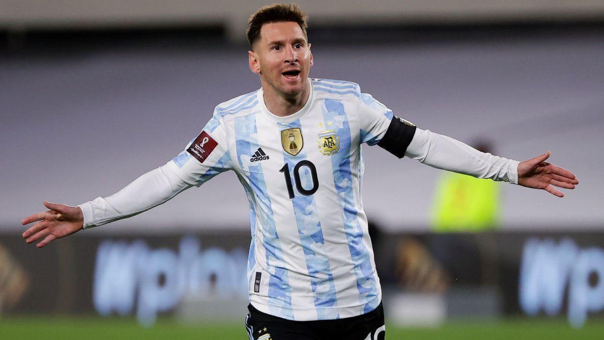 Messi tuvo una noche soñada en el Monumental. Foto: argentina.as.com
