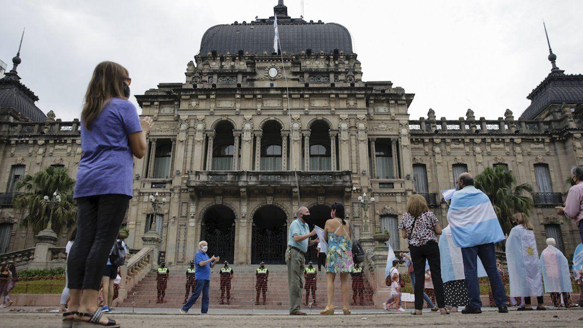 Marcharon en Tucumán y todo el país por la vacunación VIP