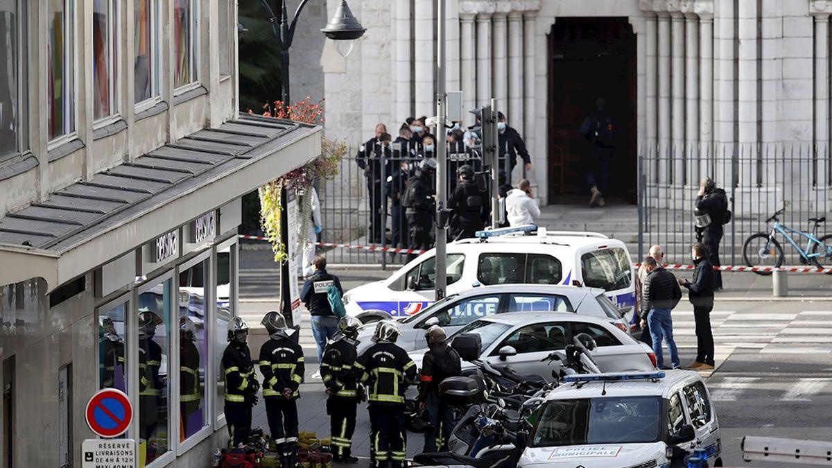 Ataque terrorista en Niza dejó tres muertos y varios heridos