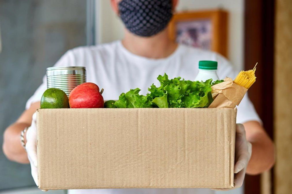 Es muy poco probable que los alimentos o envases transmitan coronavirus.
