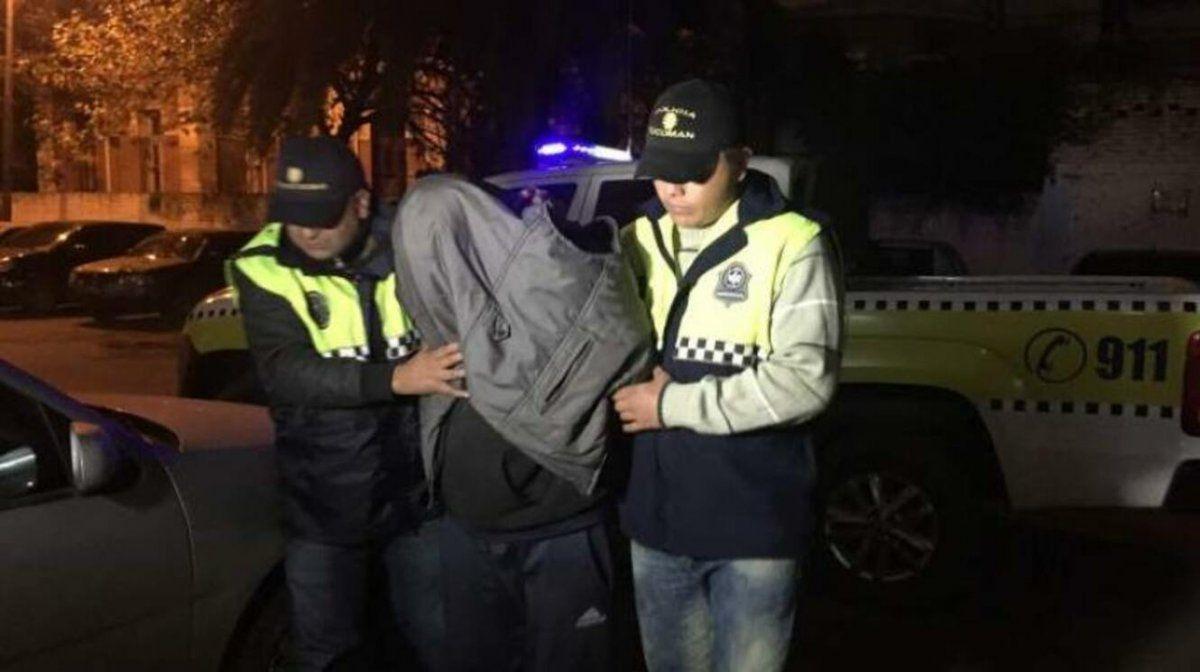 Un hombre fue detenido acusado de disparar a alguien por detrás