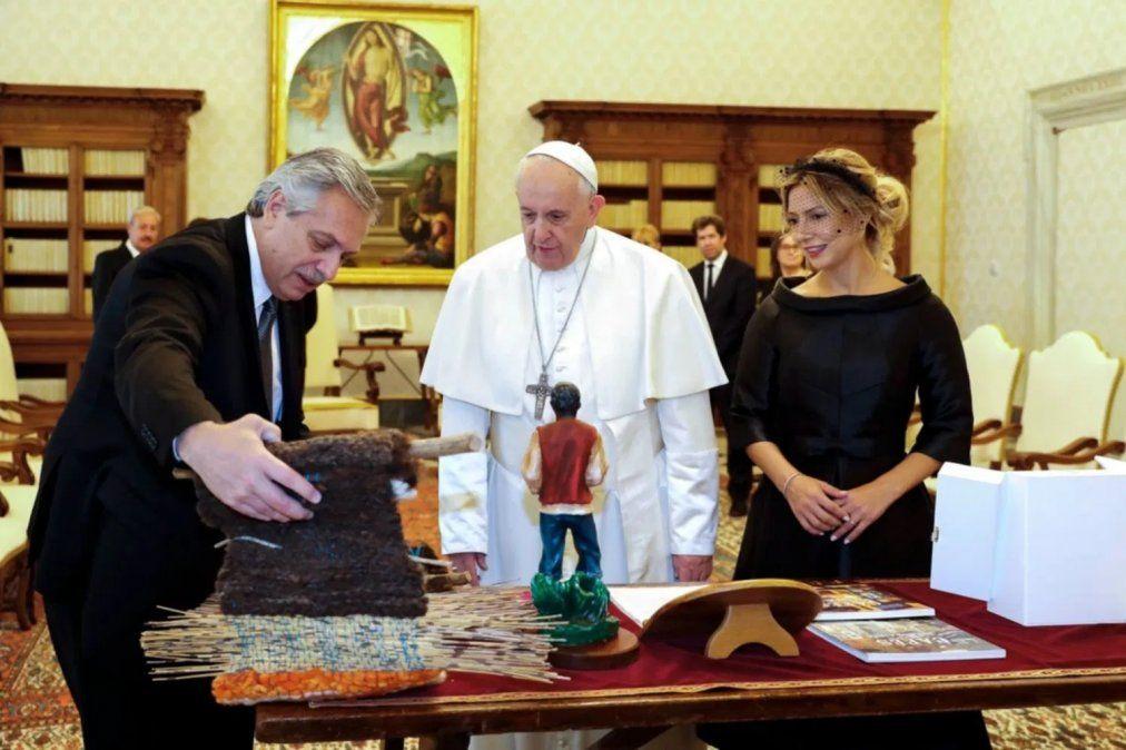 Cuáles fueron los regalos entre el papa y Alberto Fernández