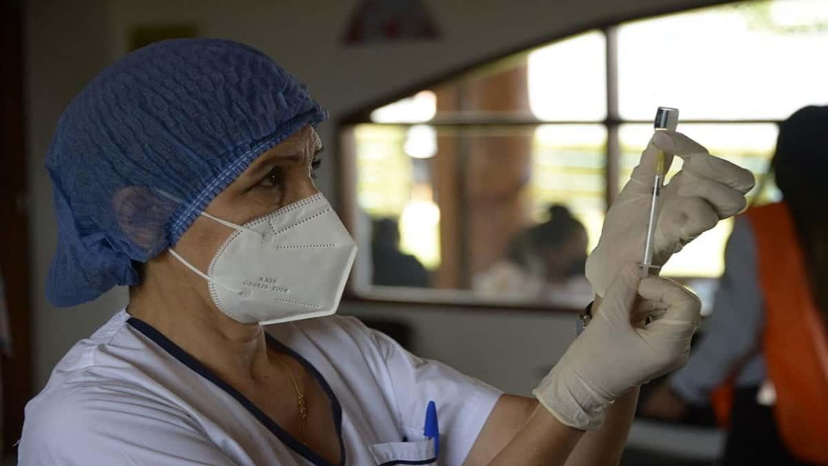 Ecuador inició su vacunación en adolescentes.