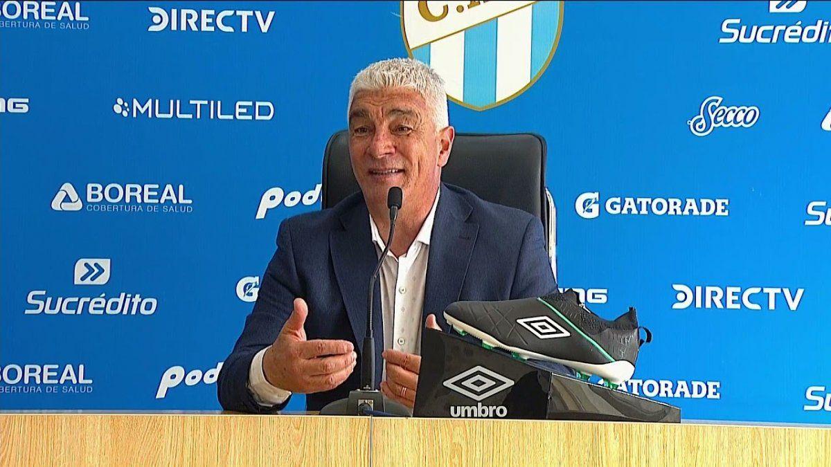 Omar De Felippe explicó la derrota en conferencia de prensa