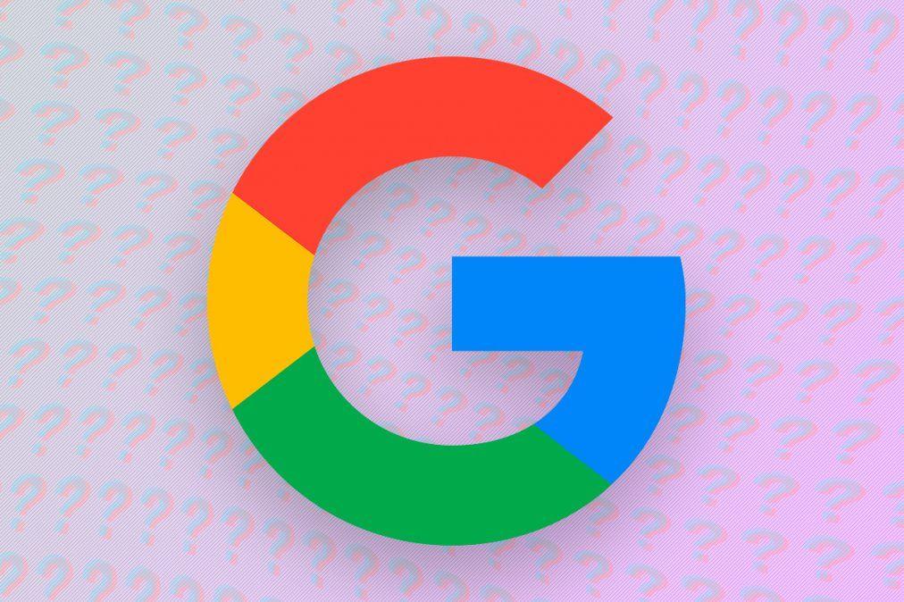 Google le pide a los usuarios no usar el celular mientras caminan