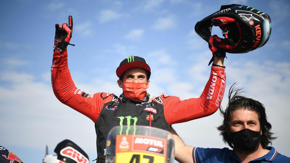 El salteño Kevin Benavides ganó el Dakar en categoría motos