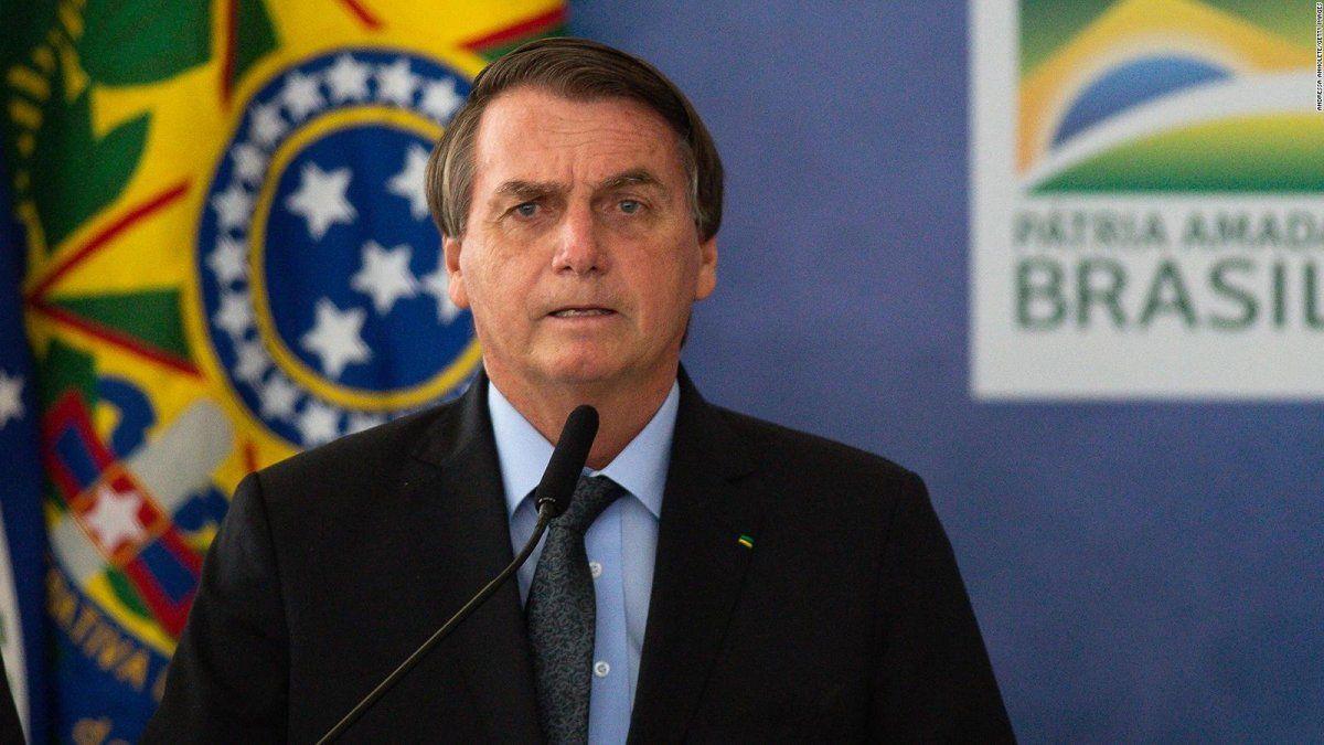 Youtube eliminó videos de Bolsonaro.