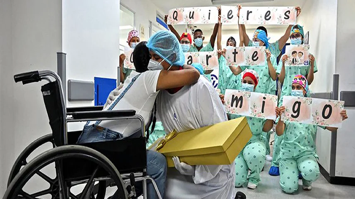 Coronavirus: estuvo en coma, despertó siendo mamá y con pedido de matrimonio