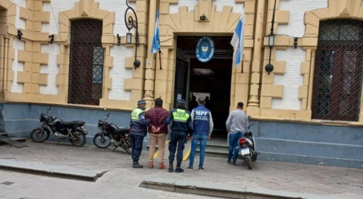 Capturan en plena city bancaria a un prófugo por homicidio
