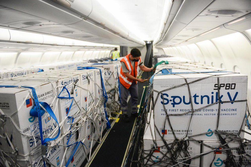 Rusia promete resolver demoras con Argentina en cuanto a la entrega de Sputnik V.