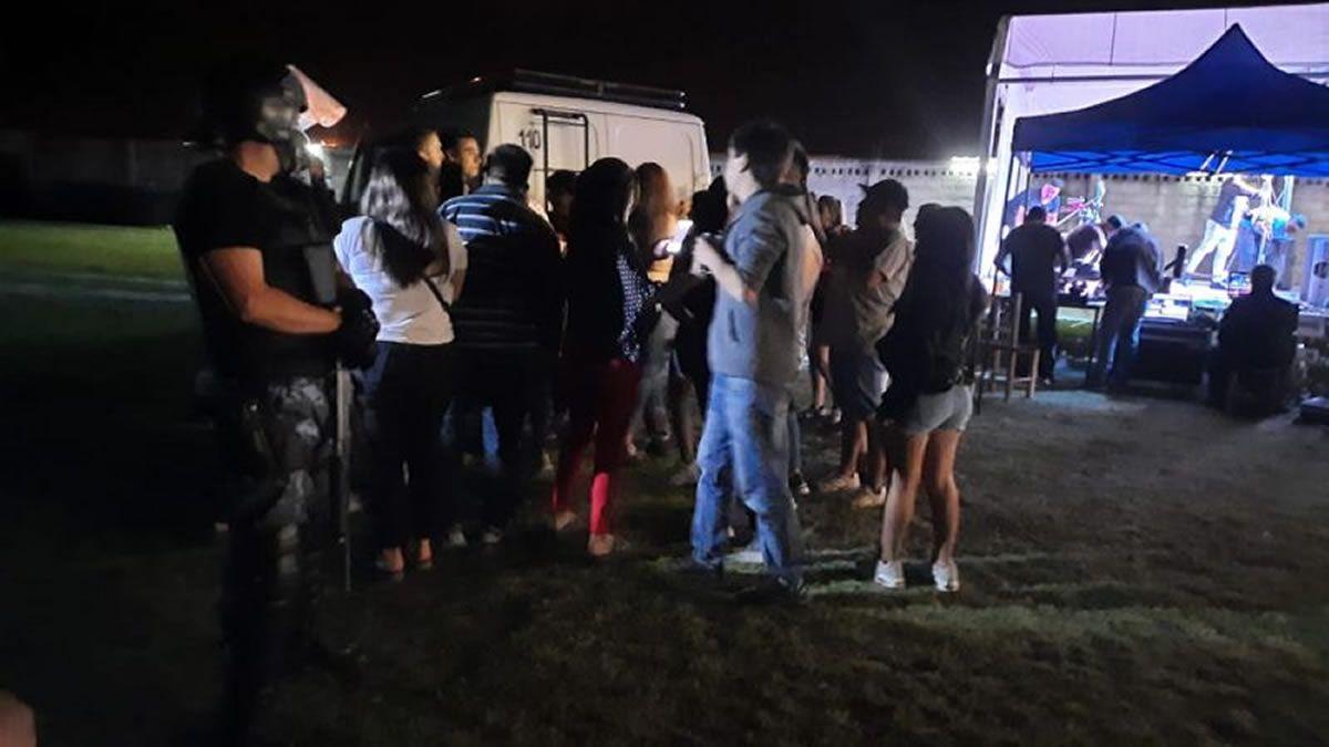 En Salta clausuraron 20 fiestas clandestinas en 48 horas
