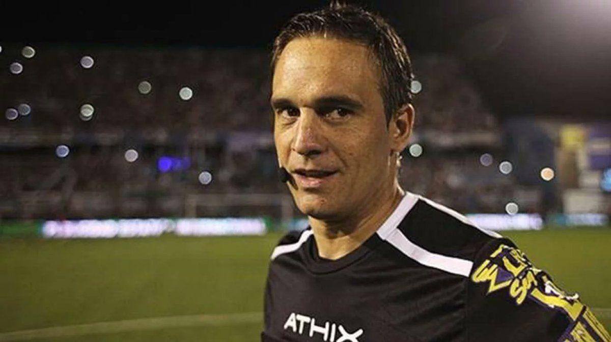 Patricio Loustau es uno de los mejores árbitros del fútbol argentino.