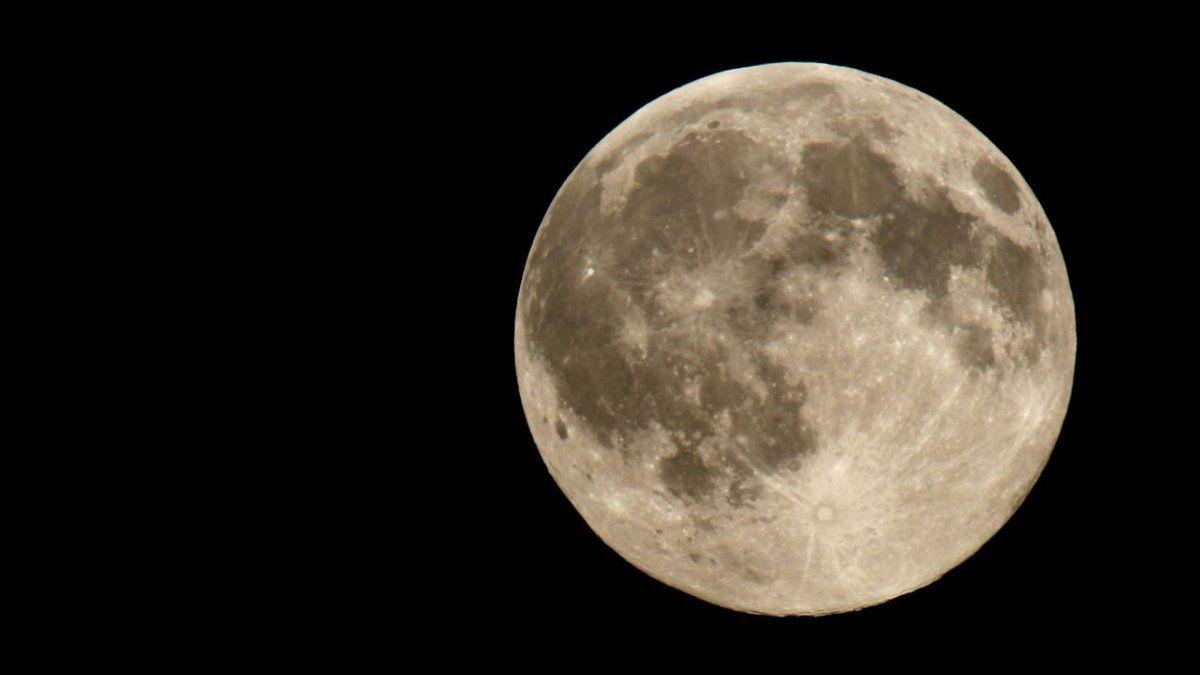 La NASA informó un descubrimiento impensado en la Luna