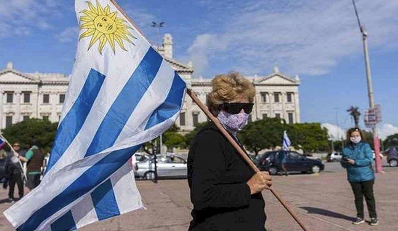 Uruguay: Analizan nuevas medidas para contener los contagios
