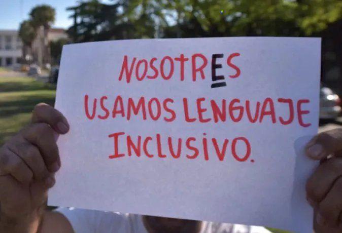 Lenguaje inclusivo: La Academia Nacional de Educación se expresó al respecto.