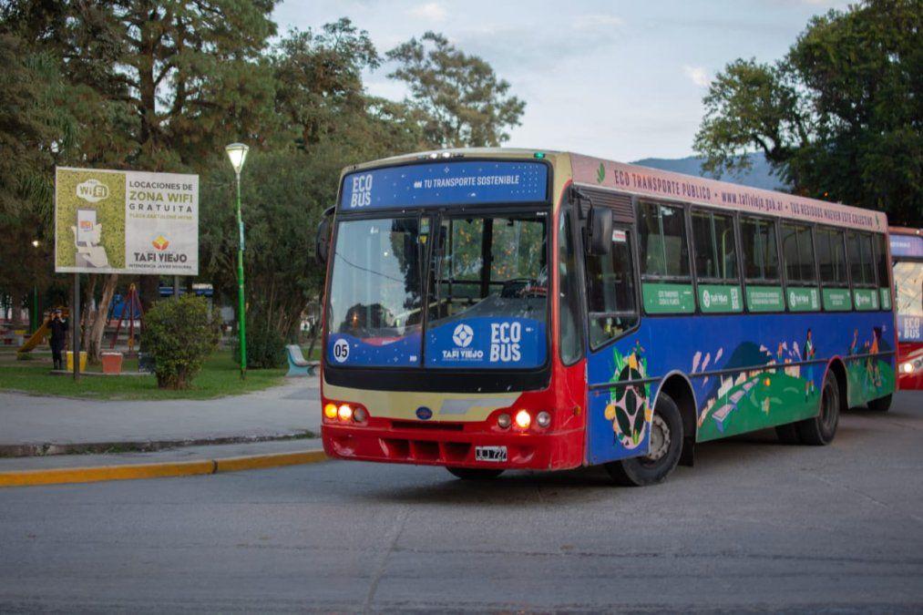 Paro de UTA: Transporte alternativo en capital y Tafí Viejo