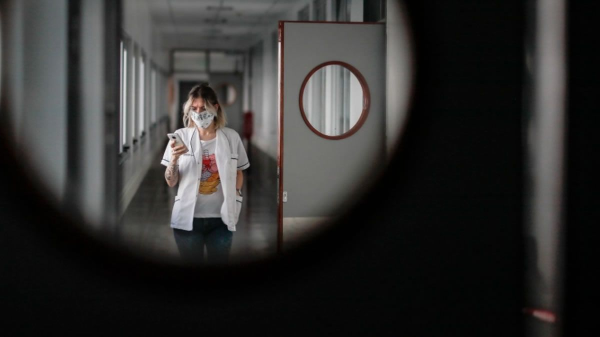 Coronavirus: confirman 6.098 nuevos contagios y 106 muertos