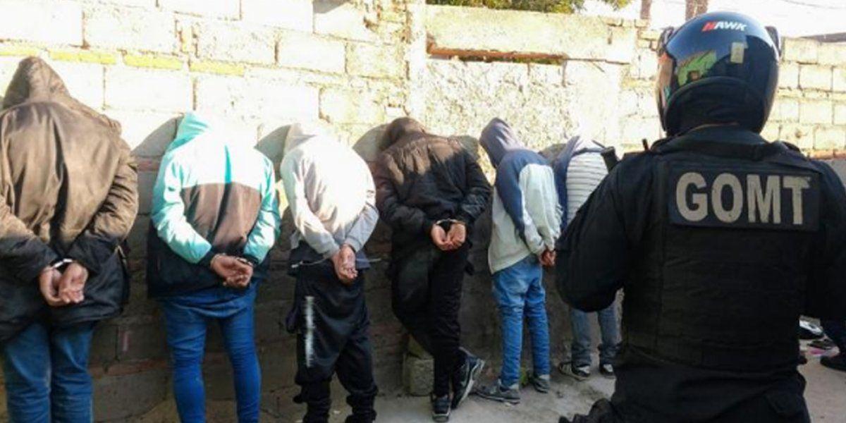 Aprehendendieron a delincuentes que robaron en un colectivo