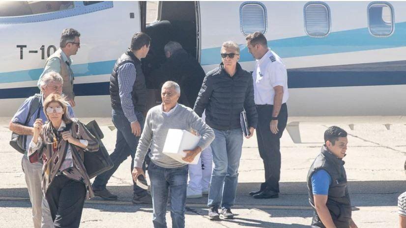 Mauricio Macri regresa del sur para despedir a su padre